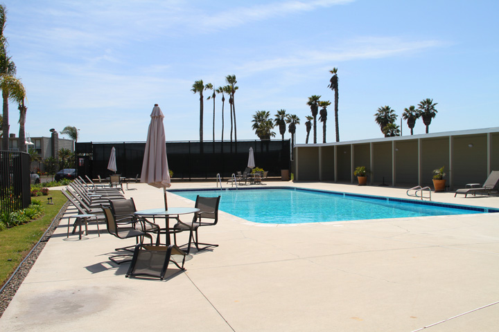 Weatherly Bay Association Pool | Huntington Beach, California
