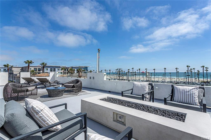 Huntington Beach Homes with Roof Top Deck